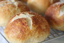 bread recipes / by Lindsay Lawson