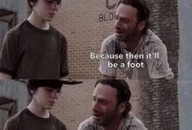 Walking Dead Funnies / Walking Dead, because what else is there to watch?