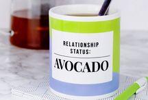 We ♥ Avocado / Unsere Lieblingsfrucht kommt nicht nur in der Küche groß raus, sie ist auch als perfektes Mode-Statement geeignet.