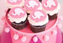 Cupcakes / by Jamie F