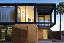 Residências em aço e vidro