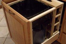 29 Sneaky Wege, um einen Mülleimer in Ihrer Küche zu verbergen