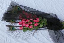 Smuteční kytice / Rozlučte se s milovanou osobní důstojně s elegantní smuteční kyticí.