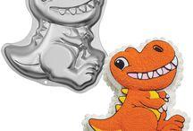 Dinosaur Cake Designs / This shape cake is made by using our Wilton Dinosaur cake tin.