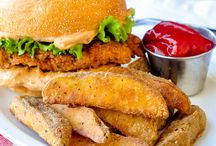 Crispy chicken sandwich & crispy wedges