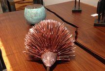 """EXHIBITION - GALERIE ACABAS / Retrouvez en images l'exposition """"Vibrations : au coeur de l'art aborigène"""" à la Galerie Acabas"""""""