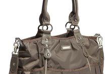 Hand Bags <3 / by Ashlynn Lehtonen