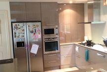 KITCHEN FOR PARAM & VANDANA BALWYN MELBOURNE / We renovated a 20 year old kitchen