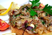 De servit la Marul de aur - restaurant (centru de evenimente) / Canapea de Tartar de Marea Neagra!