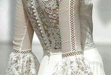 Šaty sužková