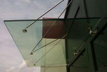 Auvent en Verre - Glass Canopy / Présentation de différents Auvents en verre, fabriqués par la miroiterie Righetti www.miroiterie.fr pour consulter l'ensemble de nos produits.   Some pictures of our Glass Canopy made to measure. To see more visit our website www.mylaminatedglass.com