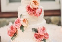 Wedding Cakes / by Sarah Greenwell