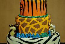 Jungle theamed birthday cake