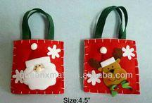 Новогодние сумки и носки для подарков
