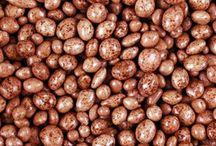 DateMe's  / DateMe's - candy coated, chocolatey covered dates! #YUM  #candy #peanutfreecandy #glutenfreecandy #KimmieCandy #chocolate #dates