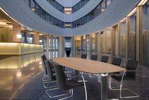 kantoormeubelen werkplekken / Op dit bord vindt je kantoormeubelen die wij u kunnen leveren. O.a. van de merken Drentea, Palmberg en Mibra.