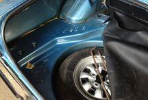Ford Taunus GXL 1600 - BJ./EZ. 1974 - 1. Hand und 9300 km original Laufleitung! / Ford Taunus GXL (Knudsen) mit 9500 km Originalkilometer !!!!! Scheckheftgepflegt = 1 Stempel bei 5000km. Neuwertiger Zustand = Jahreswagenzustand (CData = 1- / 2++). Karosserie, Innenausstattung, Gummies, Technik und Chrom in talelosem Zustand. Im Originallack und selbstverständlich unrestauriert und ungeschweisst. Das Vinyldach befindet sich in Bestzustand. In diesem Zustand und mit dem nachweisbaren Kilometerstand weltweit wohl einzigartig.