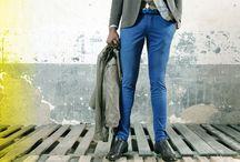 Fashion Eager- Man Look #46 / Vince lo stile informale, ma con charme: giacca e camicia sono quasi d'obbligo, ma basta black&white! A noi piace osare con la tavolozza di colori: se il gilet è beige, i pantaloni li scegliamo blu e mettiamo una sciarpa di tonalità chiara con una fantasia e la pochette con un'altra.