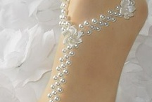 Toe Bracelets / by Mo Elizabeth