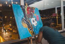 """Boda I&P / El 18 de octubre de 2014 se casó esta """"futbolera"""" pareja y las amigas de la novia decidieron regalarle uno de nuestros Cuentos de Amor & Arte. La historia de """"El gran partido de nuestra vida"""" fue narrada por una cuentacuentos, acompaña de música en directo (voz, guitarra y flauta travesera) y con pintura en vivo. Al finalizar la representación entregamos el cuento diseñador artesanalmente y el cuadro que se pintó en el tiempo que duró la actuación."""