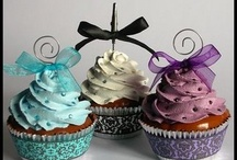Cakes/Frosting / by Carie Collazo-Gonzalez