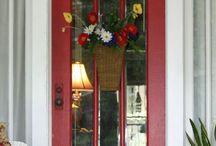 I like to make an entrance. / Doors and windows / by Patricia Zippi