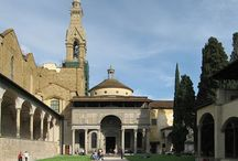 Капелла Пацци (Capella dei Pazzi) входит в музейный комплекс базилики Санта - Кроче. / Построена по заказу богатого семейства Пацци, пожелавшего иметь отдельно стоящую часовню. Перед архитектором проекта - Брунеллески была поставлена сложная задача: построить часовню в ограниченном пространстве узкого и длинного монастырского двора. И Брунеллески блестяще справился с задачей в 1429 году. Капелла Пацци - это изящное здание кубической формы, поражающее своей красотой.