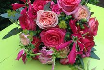 Bruidsbloemen Roze Rood / by Blom BLoemwerk Op Maat