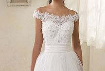 wedding dress inspiration / by Michelle Di Lena