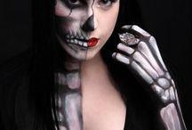 Halloween / by Maddie Cariker