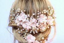 Acessórios de Cabelo G. Offer / Arranjos para noivas, acessório de cabelo para noivas, tiara de flores para noivas. Tudo feito à mão por nós da G. Offer