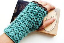 Crochet gloves & mittens