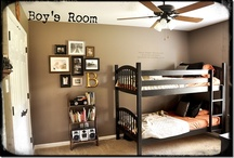 Kid's Rooms / by Wendee Hampton Disher