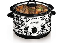 Miracle Crock Pot <3 / by Angela Vorkapich Yonker