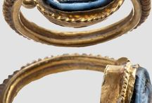 Antiq jewelry