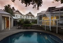 East London Hotels / East London hotels and its surrounding region in the Eastern Cape Province of South Africa comprises the spectacular Beacon Bay, the town of Bisho, the city of East London, the small village of Gonubie, Haga Haga, Kei Mouth and the famous village of King Williams Town.
