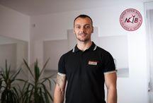 Traineri MYB Pilates / Va invitam sa cunoasteti trainerii cu care veti lucra la Studio MYB Pilates. Ei sunt aceia care va vor arata cat de captivant, provocator și benefic este un antrenament de Pilates Reformer.