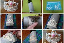 How To Easy Tiara of fondant / How to make a beautiful tiara of fondant? Take a look! It's easy!   Wilton baroque mold idea