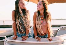 friends tumblr pictures / If you are bored these pin is perfect for you and your friends because here I'm giving you some ideas to take pictures with your BFF's and have a lot of fun
