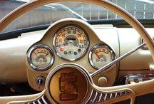 Cars / Historie společnosti Škoda začíná v roce 1895 ,v roce 1905 se začíná vyrábět první model automobilu: Voiturette A ...