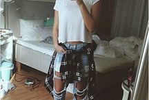 tumblr styles / All of the finest styles on clothing. (More grunge and summer wear than most others)