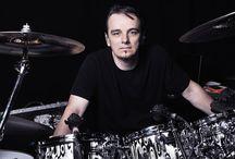 DRUMMERS / drums