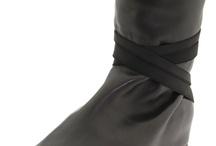 things to wear on your feet / by li li picked
