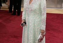 PHOTOS: Judi Dench Is a Fashionable Dame