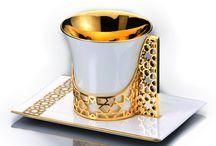 Teacups I love / by Laura Bramer