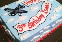 Airplane cakes / by Teresa Comerate Harwell