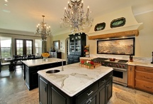 I S L A N D S / searching for the perfect kitchen layout!  / by C Collins