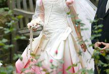 Inspiration- Brides, dresses, flowers!