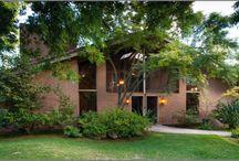 Midcentury Homes/Architecture / by Caroline McKell