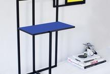 IVDesign per Lovli.it / Francesca Braga Rosa e Ivano Vianello danno vita a IvDesign nel 2007 opponendosi al concetto di design come processo puramente intellettuale. IVDesign propone oggetti e complementi per la casa che auspicano un ritorno a una vita quotidiana all'insegna della semplicità. Su Lovli presenta Piet, il tavolino-seduta, prodotto dall'azienda spagnola di base a Barcellona Bea Malevich, che ricorda le geometrie e i colori delle opere di Mondrian.